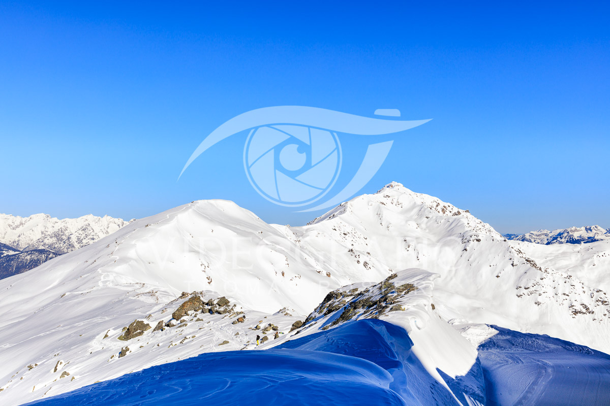 snowcapped-mountains-046.jpg