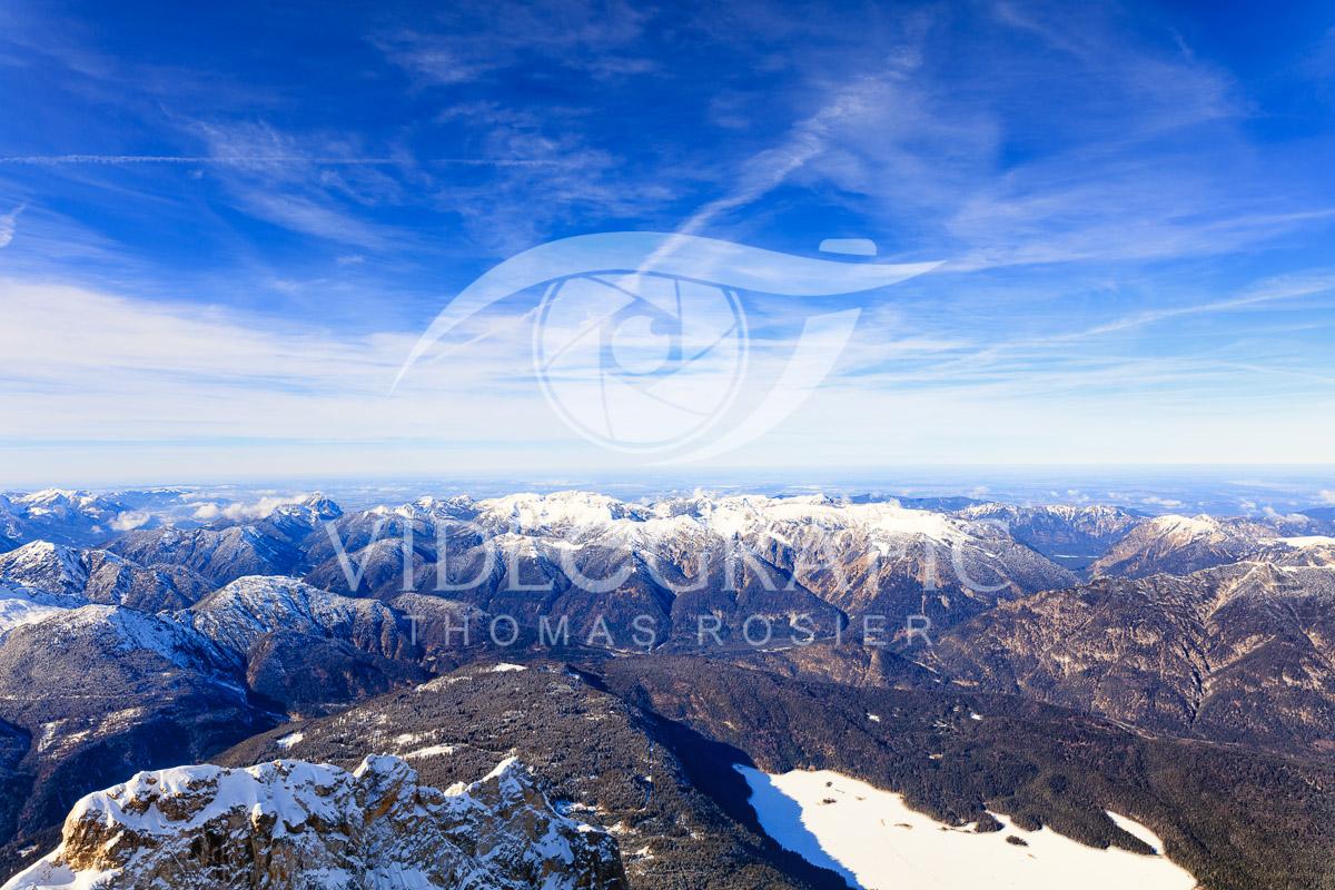 snowcapped-mountains-055.jpg