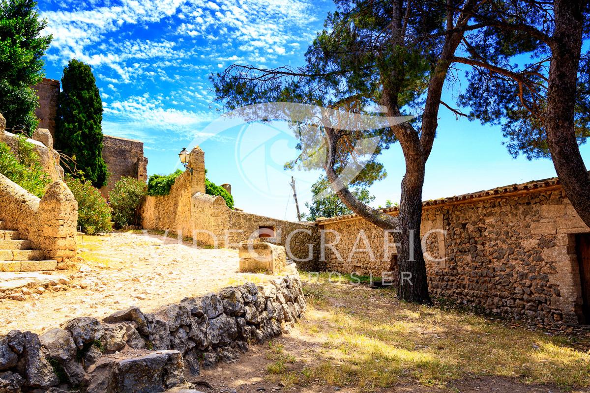 mediterranean-flair-001.jpg