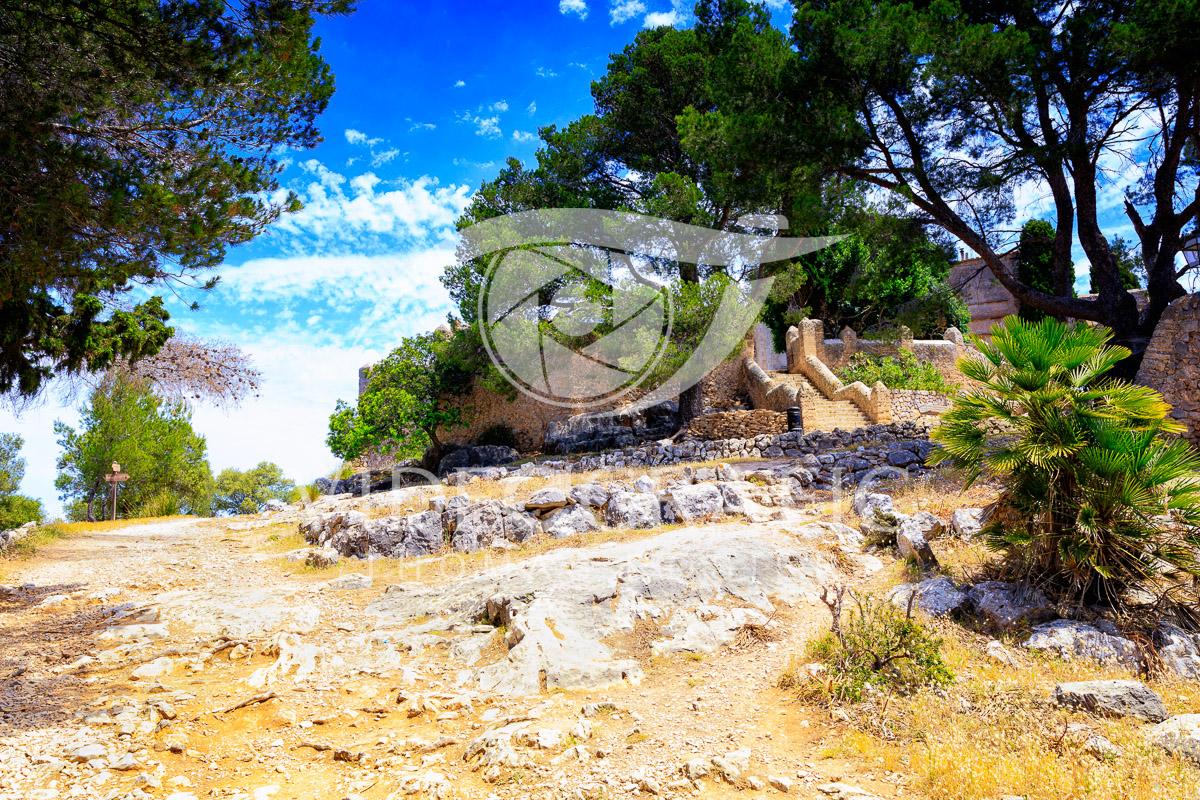 mediterranean-flair-002.jpg